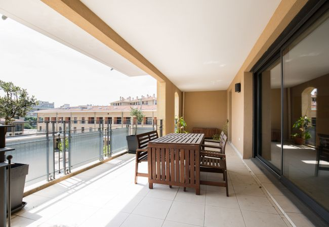 Apartment in Aix-en-Provence - Appartement T4 150 m² place François Villon