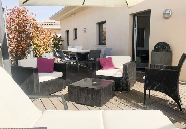 Apartment in Aix-en-Provence - APPARTEMENT TOIT TERRASSE LE DUPLEX