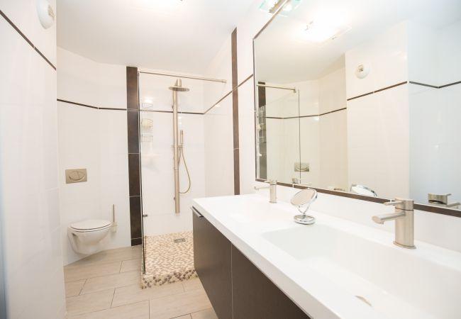 Apartamento en Aix-en-Provence - Appartement T4 150 m² place François Villon