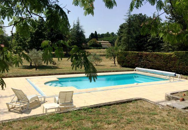 Villa à Aix-en-Provence - VILLA LES LAUVES D'ENTREMONT