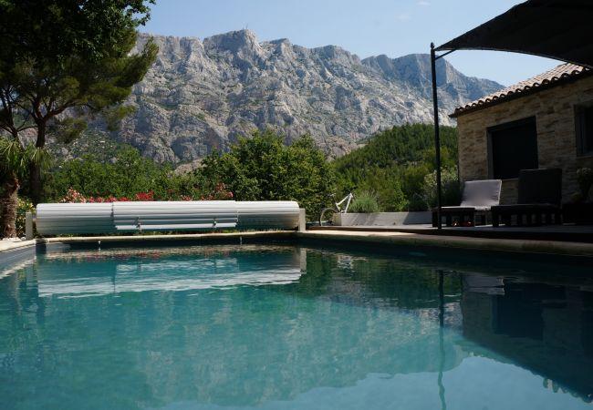 Villa à Aix-en-Provence - Villa Sainte Victoire Aix en Provence OT802400