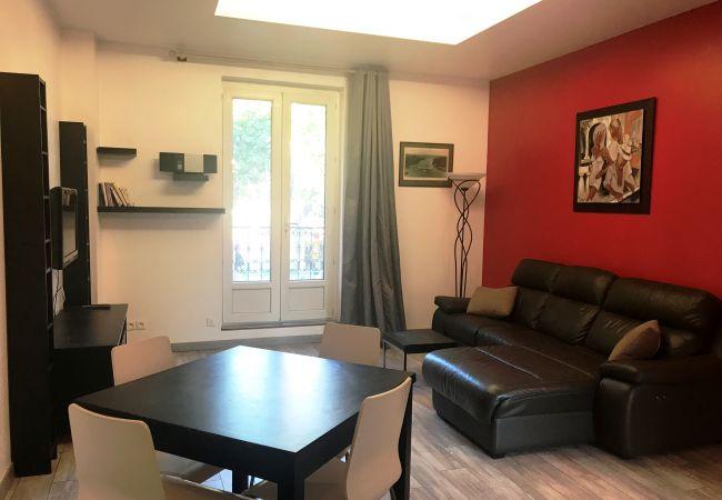 Appartement à Aix-en-Provence - LA FONTAINE DU COURS