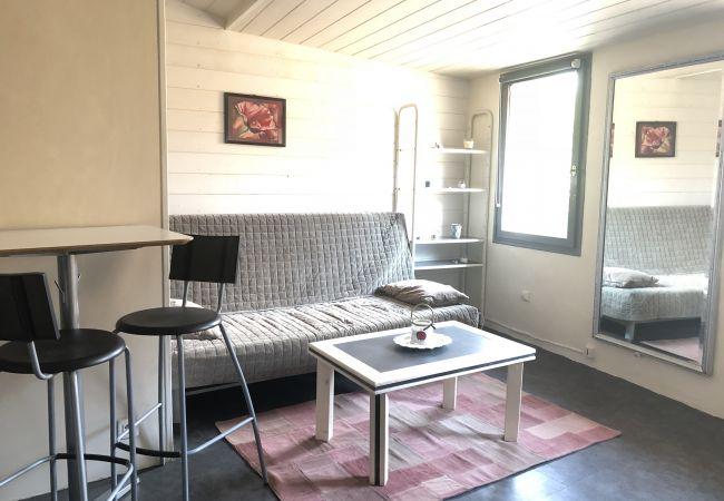 Studio à Aix-en-Provence - STUDIO VAN LOO